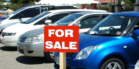 Ketika Larasati Menjual Mobil
